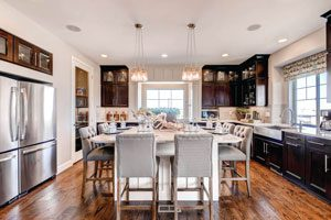 Erie Highlands kitchen by Oakwood Homes