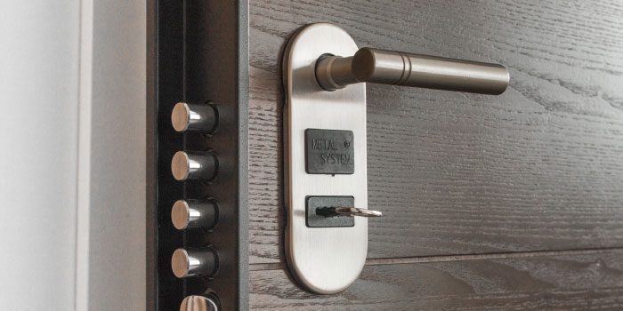 Should I Lock My Mortgage Rate Before Closing?