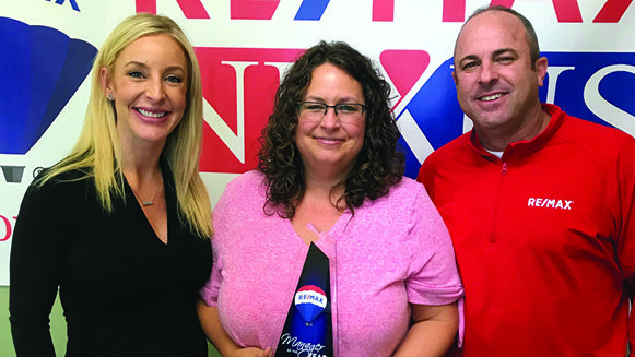 Abby Renner is recognized as Manager of the Year for RE/MAX Rocky Mountain Region.