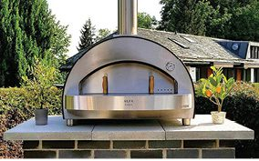 The Alfa 4 Pizze Copper Top Wood Fired Oven.