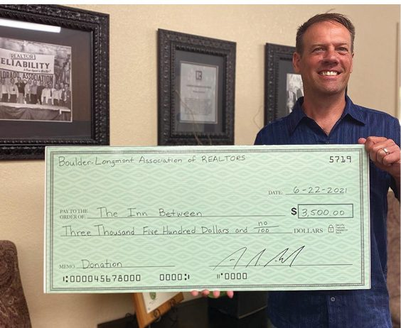 Boulder-Longmont Realtor Association golf tournament raises $3,500 for The Inn Between of Longmont