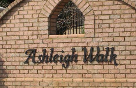 Let's Take A Walk In Ashleigh Walk Suwanee GA Subdivision