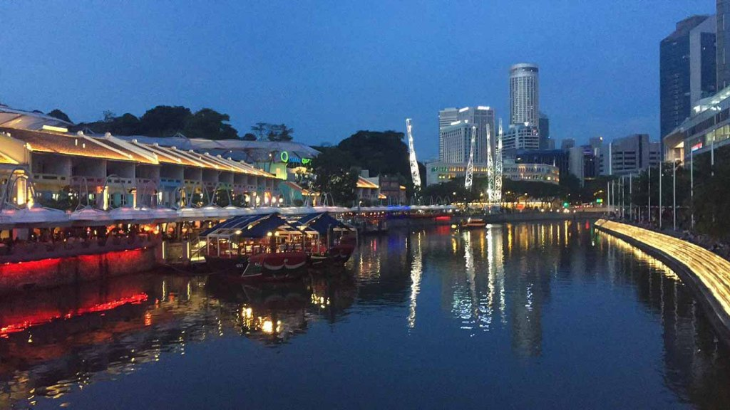 At Home On The Go Travel Blog - 8 Things to do in Singapore