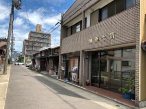 愛知県名古屋市西区にある加藤七宝製作所