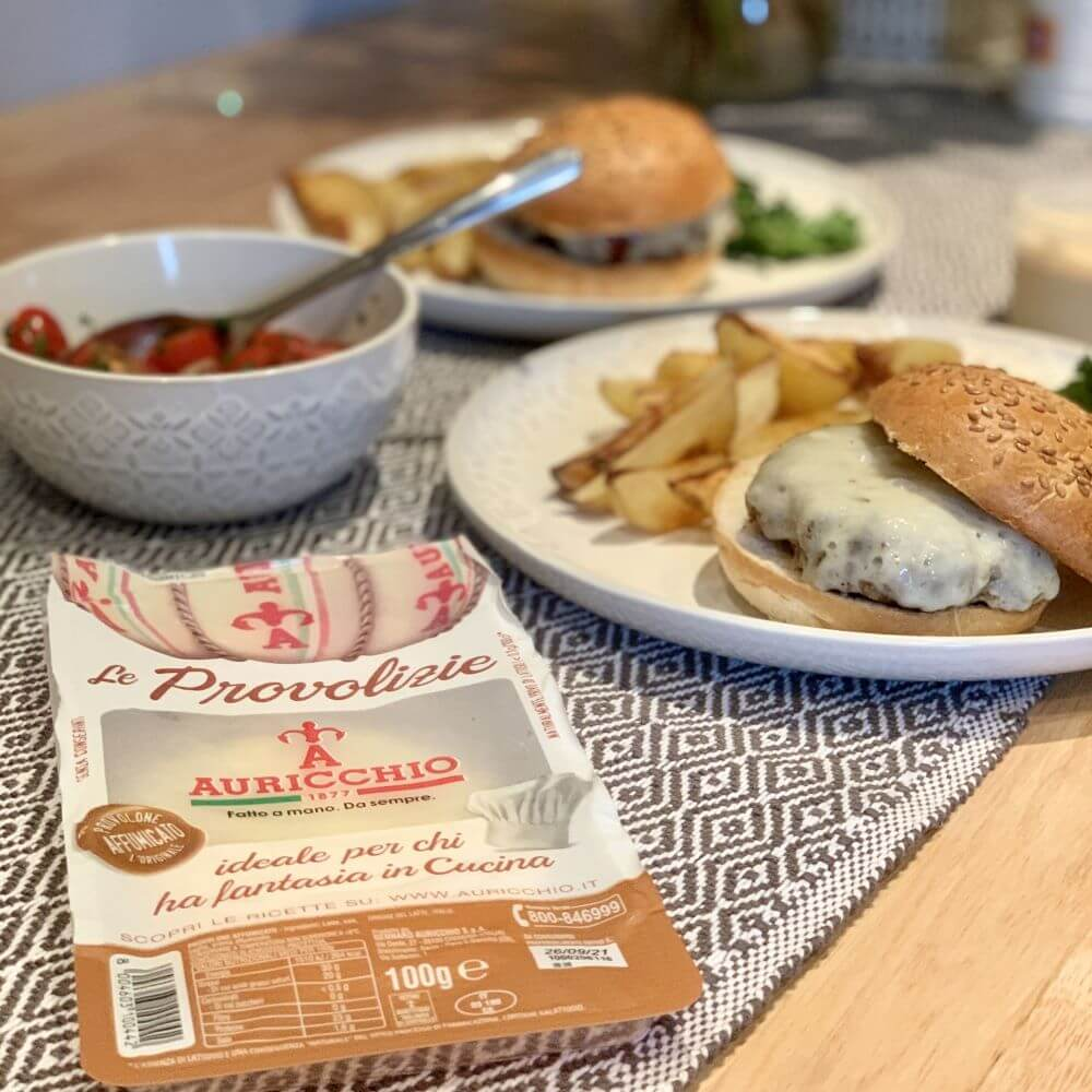 Read more about the article Cheese Burgers With Paprika Wedges And Crispy Kale