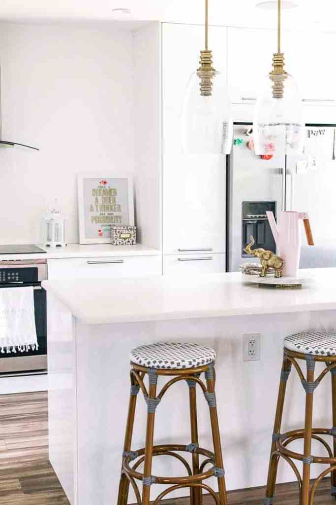How to Update your Rental Kitchen (and get your deposit back) - at ...
