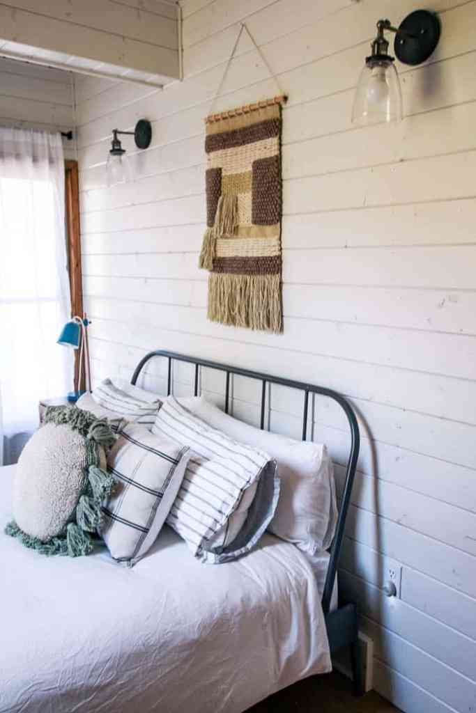 How to Get the Modern Farmhouse Look - at home with Ashley