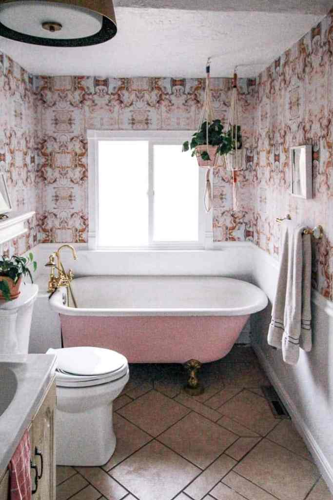 Tremendous Peel And Stick Bathroom Tile At Home With Ashley Beutiful Home Inspiration Ommitmahrainfo