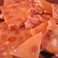 Habanero Honey Peanut Brittle