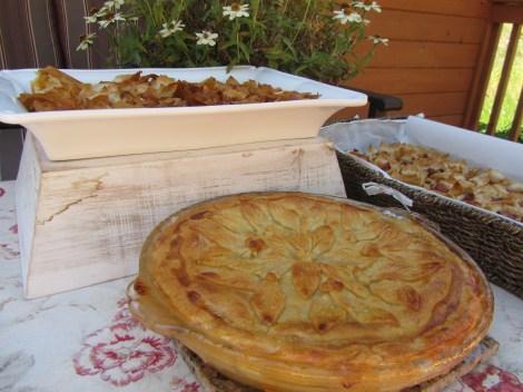 Peach Pie and Philo Tablescape