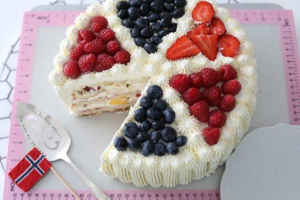 Manuela's Cream Cake