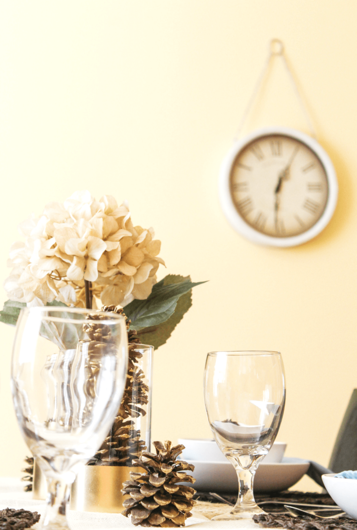 fall-table-clock