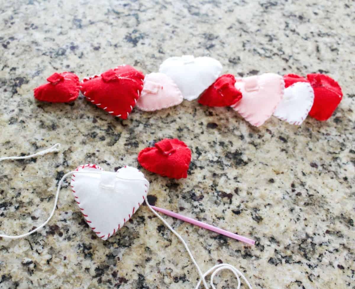DIY Valentine's Heart Garland