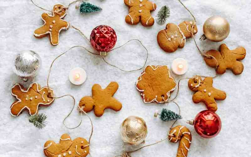 Gingerbread Cookie Garland for Christmas