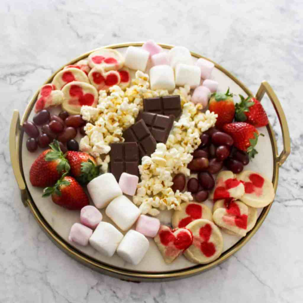 Valentines-Day-Snack-Party-at-Home-Valentines-Desserts-Valentines-Day-Ideas-for-Kids-Family-Friendly-Valentines-Day-Party-Valentines-Food-Ideas-