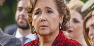 Lucrécia (Claúdia Jimenez) em cenas de Haja Coração