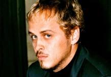 Alexandre (Guilherme Fontes) em 'A Viagem' (1994)