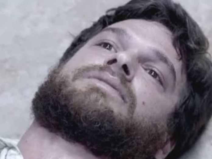 Emilio Dantas interpretando Rubinho em 'A Força do Querer' (Globo)