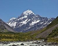 Cel mai inalt munte din Noua Zeelanda se micsoreaza vazand cu ochii