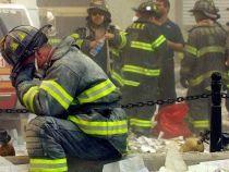 Coincidenta? Trei dintre pompierii care au intervenit dupa atacurile teroriste din 11.09.2001 au murit in aceeasi zi