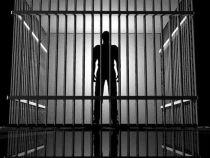 Un detinut i-a intrebat pe politisti daca poate ucide si din inchisoare