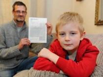Un copil a primit o factura pentru neprezentarea la o zi onomastica