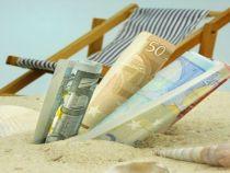 Un barbat din Australia a cerut politicienilor sa-i plateasca cheltuielile de concediu