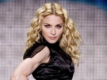Madonna a aparut beata la un concert ?!