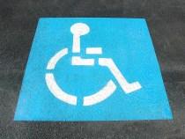 O primăriță din Florida fură identitatea unei femei decedate pentru a putea folosi un loc de parcare pentru handicapați