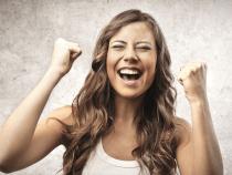 Idei de cadouri pentru femeile cu pretentii