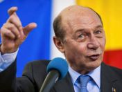 PMP s-a decis: merge cu Băsescu la primăria București. A început să strângă semnături