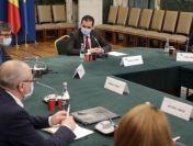 Ministrul Economiei anunță deschiderea mall-urilor din 15 iunie