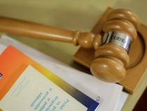 CCR: Legea de prelungire a mandatelor aleșilor locali, respinsă. Data alegerilor, la negociere parlament-guvern