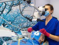 Top 4 servicii de care te poti bucura la o clinica stomatologica