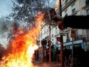 Violențe la Paris. Noua lege a securității îi scoate pe francezi în stradă