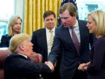 Președintele Trump l-a demis pe șeful securității cibernetice care a contrazis acuzațiile de fraudă la alegeri