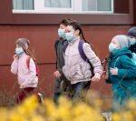 MS este de acord cu renunțarea la mască în timpul orelor de sport din aer liber
