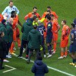 Arbitrii români, implicați într-un incident rasial la meciul de Liga Campionilor de la Paris I VIDEO