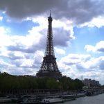 Franța extinde în toată țara interdicția de circulație între orele 18.00 și 06.00