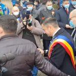 Mihai Chirica,  atacat cu iaurt de Ziua Unirii Principatelor | AUDIO