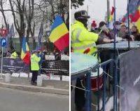 Florin Cîțu, despre protestele bugetarilor: Nu e nimeni dat afară, toată lumea își primește sporurile | AUDIO