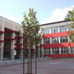 Aproape 1.500 de elevi și profesori, pozitivi la Covid-19, de la începerea școlii