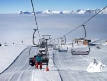 Pericol de accidente pe pârtiile de schi din cauza zăpezii care se topește