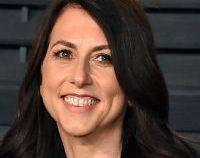 Scriitoarea MacKenzie Scott, fosta soţie a miliardarului Jeff Bezos, s-a recăsătorit