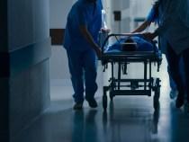 Unele spitale Covid, nepotrivite pentru tratarea unor astfel de bolnavi, spune medicul ATI Radu Asandi | VIDEO