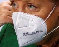 Angela Merkel se vaccinează vineri cu serul de la AstraZeneca