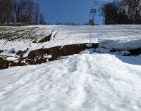 Bistrița: Pârtia de schi de peste 7 milioane de euro de la marginea orașului, afectată grav de o alunecare de teren