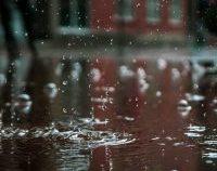 București: Ploi și descărcări electrice