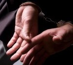 Arad: Polițist bănuit de implicare în furtul a 300.000 € din seiful unei femei, reținut