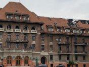 Hotelul Triumf – 7 luni fără acoperiș | Licitația câștigată de o firmă a unui politician a fost contestată
